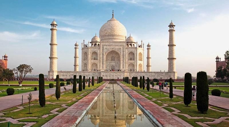 Vinci viaggio in India con Glade e Carrefour