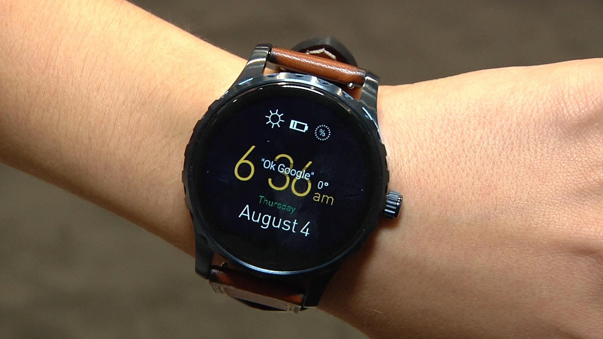 Concorso Fossil, vinci smartwatch